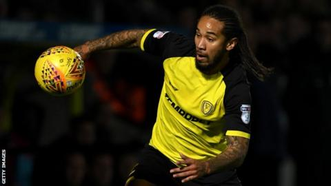 Sean Scannell in action for Burton Albion