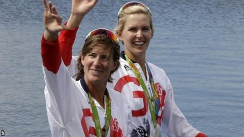 Katherine Grainger and doubel sculls partner Vicky Thornley celebrate their silver medal