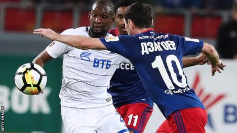 Samba Sow in action for Dinamo Moscow