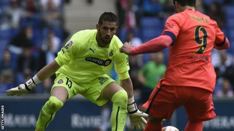 Kiko Casilla in action against Barcelona