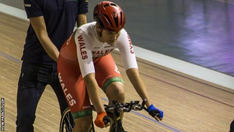 Dani Rowe has begun training with the Welsh Cycling team