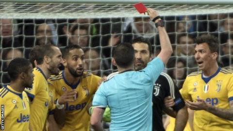 Referee Too Young For Champs League - Gigi Buffon