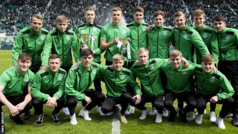 Hibs won the development league and youth cup double in 2017-18