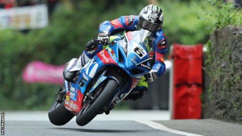 Michael Dunlop at the Isle of Man TT