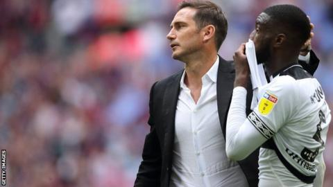 Derby boss Frank Lampard (left) and Fikayo Tomori