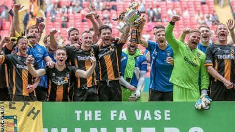 Morpeth win 2015-16 FA Vase final
