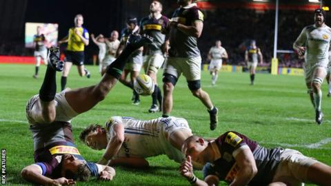 Lachlan Turner of Exeter Chiefs goes over for a try