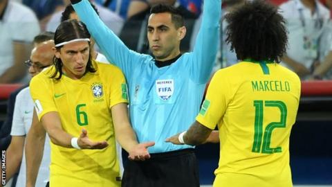 Neymar dazzles and disappoints as Brazil reaches World Cup quarters