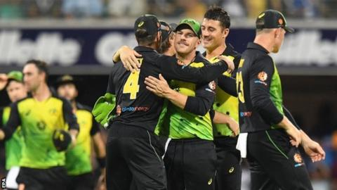 Australia celebrate wicket