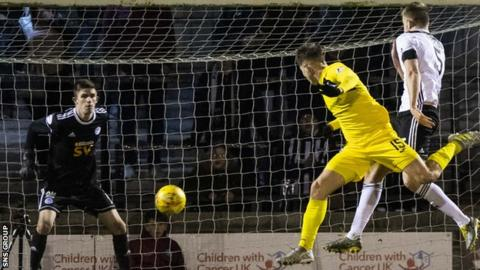 Kevin Nisbet heads in the only goal at Somerset Park