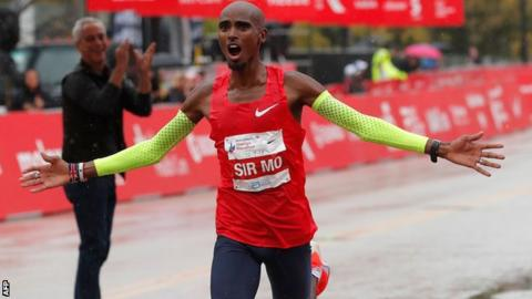 Mo Farah celebrates his Chicago Marathon victory