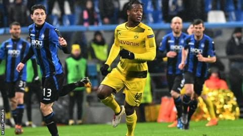 Michy Batshuayi: Uefa ends investigation into Borussia Dortmund striker's racial abuse claim