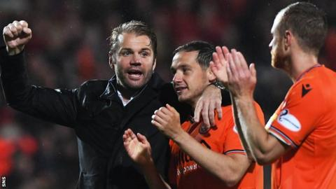 Robbie Neilson: Two-year contract extension for Dundee United head coach