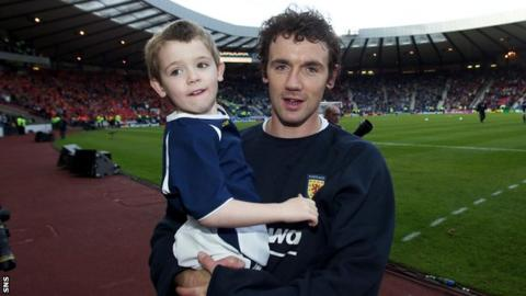 Harvey and Christian Dailly at Hampden Park in 2003