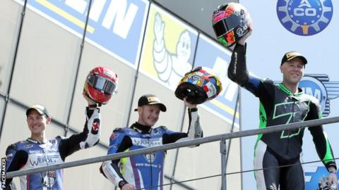 Michael Laverty (right) with BMW team-mates Danny Webb and Christian Iddon