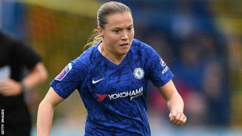 Fran Kirby in action for Chelsea Women