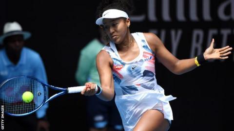 Australian Open: Defending champion Naomi Osaka reaches last 32 in Melbourne