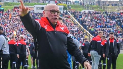 Bradford boss John Kear