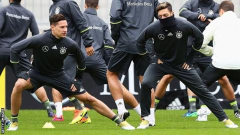Julian Draxler and Mesut Ozil