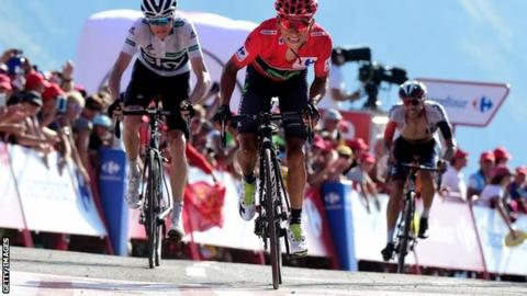 Chris Froome and Nairo Quintana finish stage 14