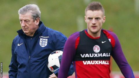 England manager Roy Hodgson and Jamie Vardy