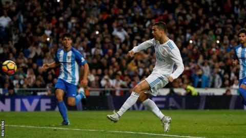 Cristiano Ronaldo scores for Real Madrid