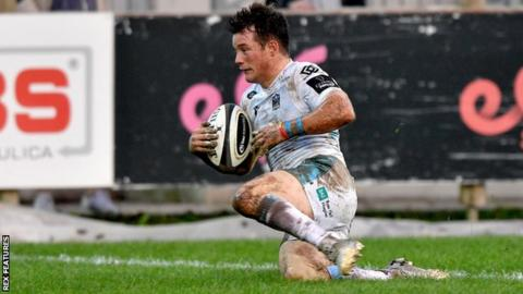 George Horne scores for Glasgow Warriors