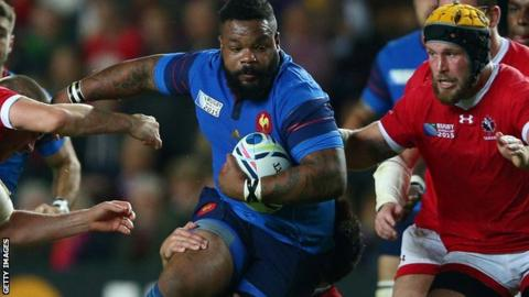 Mathieu Bastareaud playing for France against Canada at the 2015 Rugby World Cup