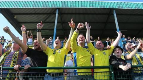 Haringey Borough fans