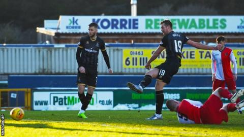 Jordan White swept in his 11th goal of the season against East Kilbride in the Scottish Cup