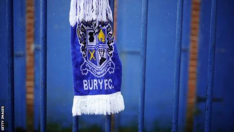 Bury scarf
