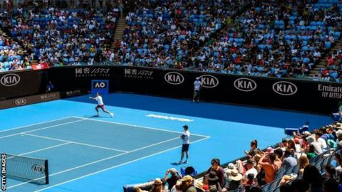 Osaka makes net-busting start to Australian Open title defence