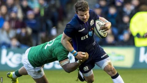 Peter Horne carries ball for Scotland against Ireland