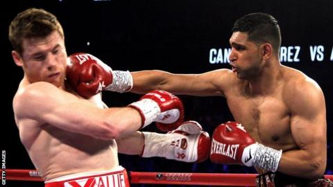 Former world champion Amir Khan to return to ring