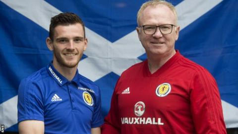 Andrew Robertson and Scotland manager Alex McLeish