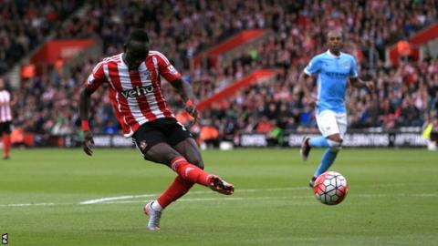Sadio Mane scores for Southampton