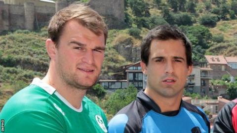 Rhys Ruddock and Uruguay captain Santiago Vilaseca