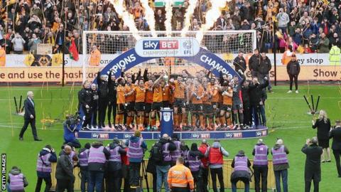 Wolves celebrate winning the Championship