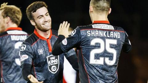 St Mirren's Stevie Mallan and Lawrence Shankland celebrate