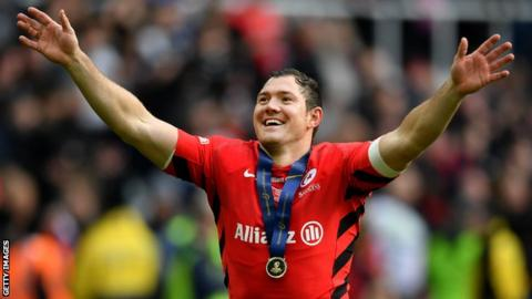 Alex Goode waves to the crowd