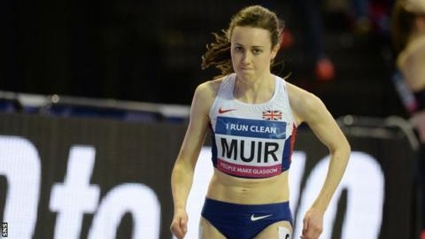 Laura Muir runs at an indoor meeting in Glasgow