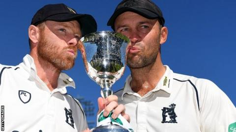 Ian Bell (left) poses with the Division Two trophy