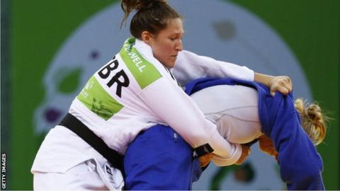 Natalie Powell in action at the 2015 European Championships