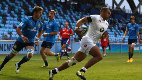 Joe Marchant scores a try for England against Italy