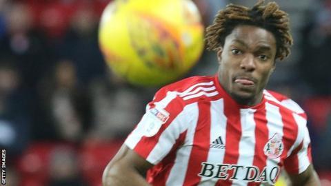 Kazaiah Sterling in action for Sunderland