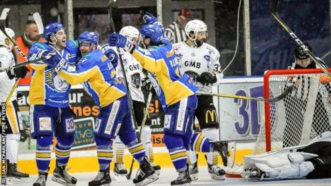Fife Flyers celebrate Ian Young's winner against Nottingham Panthers