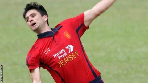 Ben Stevens bowling for Jersey