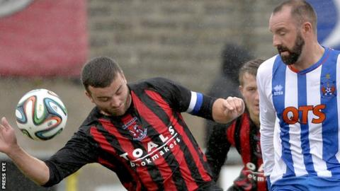 Colin Coates was back in action for Crusaders in a friendly against Kilmarnock