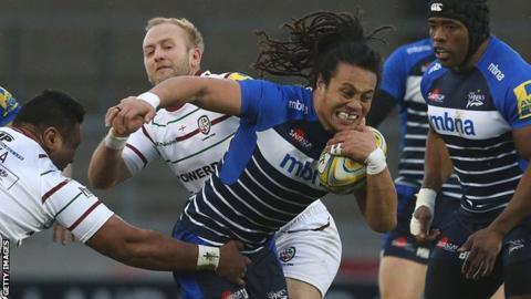 Sale's TJ Ioane breaking through attempted London Irish tackles