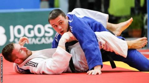 Stuart McWatt competes at the European Open